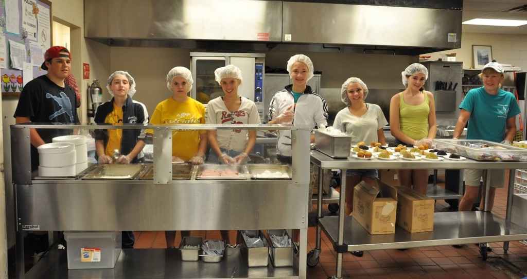 Youth serving in Cleveland at their 2012 workcamp